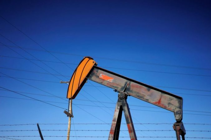 Crude and brent oil price