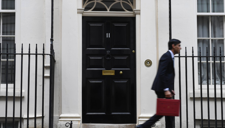 EU rejects UK offer on quick financial services arrangement