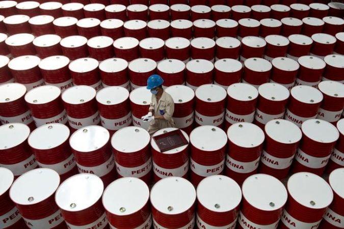 Oil stocks increased million barrels last week EIA