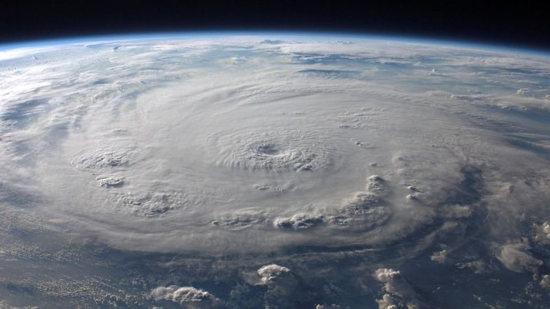 Weather forecasters panic over global G adoption