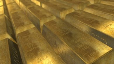 In February central banks replenished reserves with tons of gold