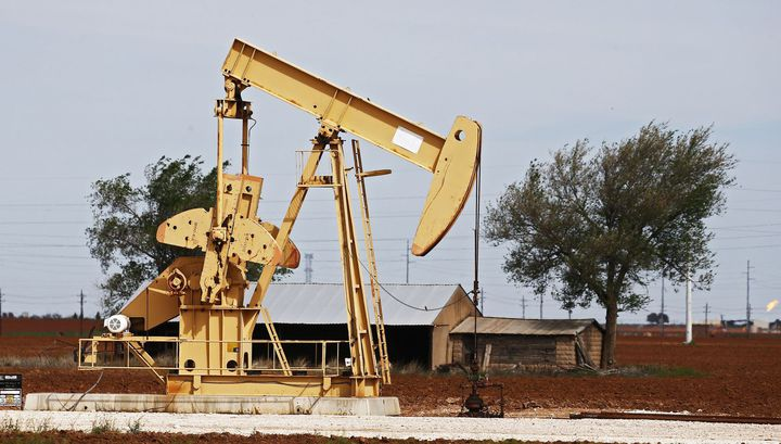 Oil prices show growth after the publication of data on oil reserves