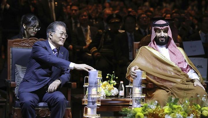 Saudi Arabia prepares to borrow a lot