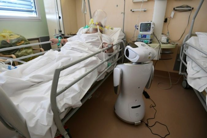 Viruses in Italy robots at the bedside