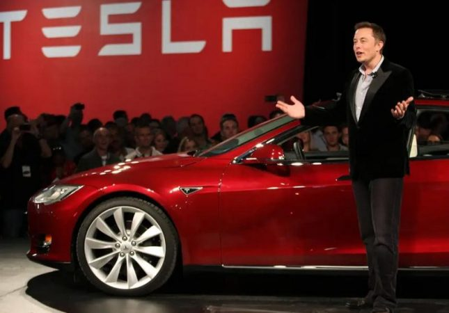 Elon Musk wanted to adapt Minecraft for electric vehicles
