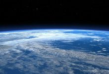 Russia plans to develop a tug for cleaning space debris