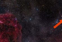 Radio signal from deep space repeats every 157 days