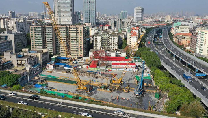 Top 10 cities in China on the dynamics of economic recovery