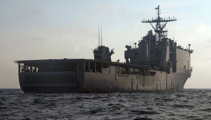 US landing ship enters the Black Sea