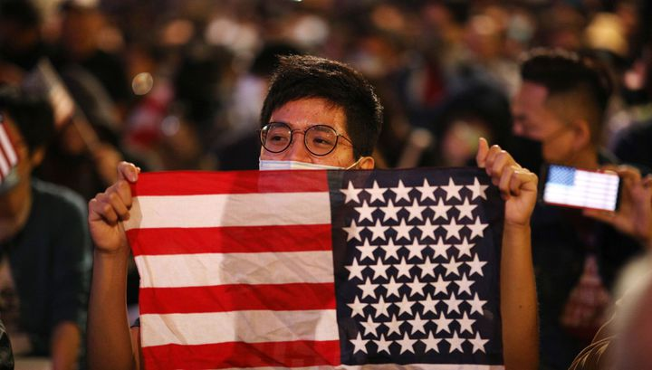 US ready to tighten control over Chinese media on its territory