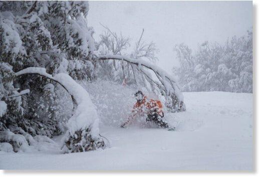 Australia heaps with snow