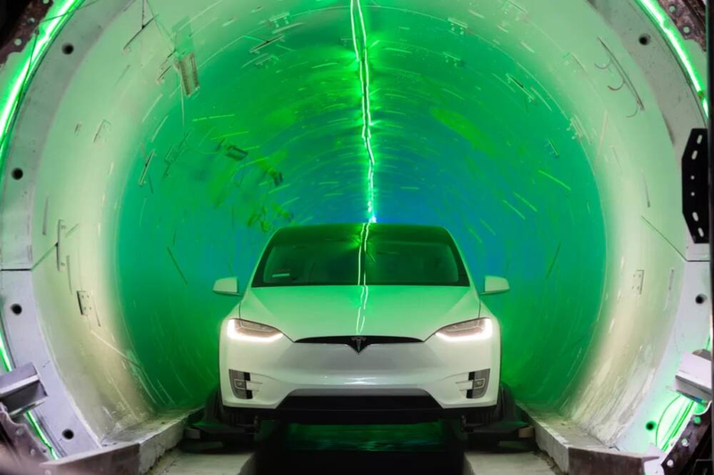 Elon Musk showed a sketch of an underground tunnel under Las Vegas