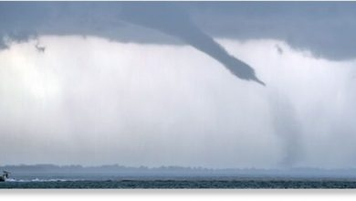 Large waterspout formed in Black Bay Louisiana