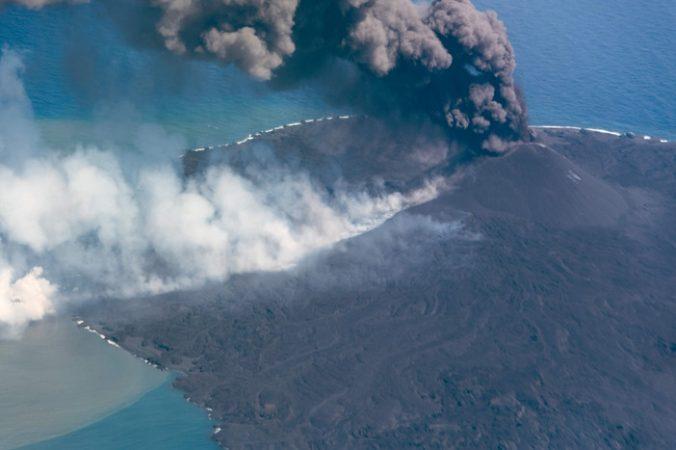 Nishinoshima volcano 2