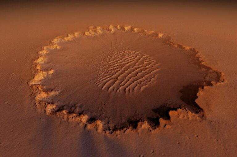 One Flew Over Mars Victoria Crater
