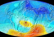 The magnetic anomaly did not arise as a result of a change in the earths magnetic poles