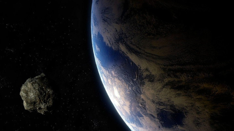 An asteroid flew near the Earth no one even noticed it