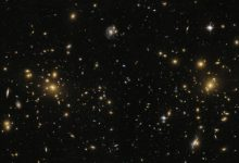 Giant radio bridge discovered connecting two galaxy clusters