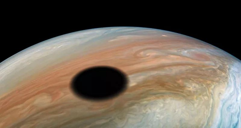 NASA showed an eclipse on Jupiter from space
