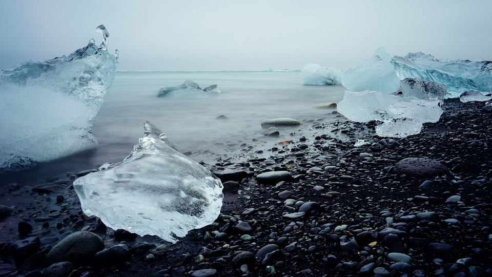 The sea in the Arctic did not freeze for the first time in October the point of no return passed