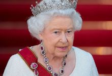 Elizabeth II is going to abdicate who will pass the throne