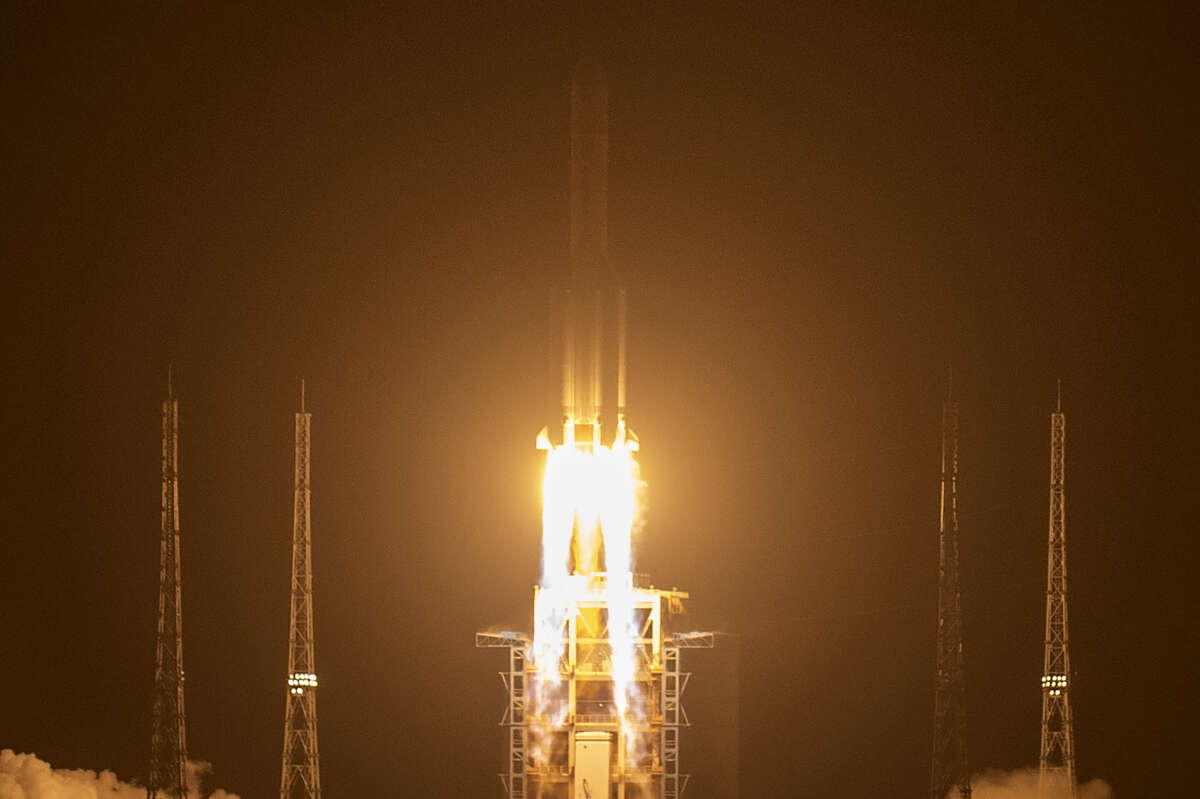 New lunar mission marks a major milestone in Chinas space industry