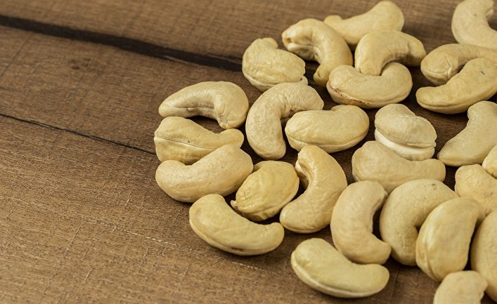 Cashew nuts contain a deadly toxin