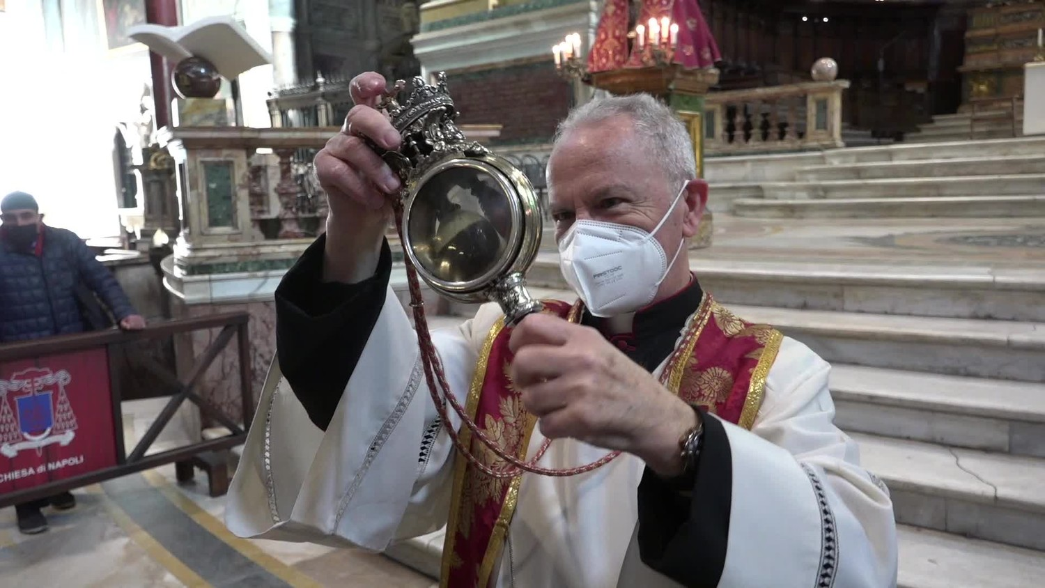 Miracle of Saint Januarius did not happen in Italy does it mean an imminent disaster
