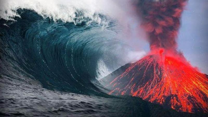 Swarm of earthquakes under the volcano La Cumbre Vieja will megatsunami happen