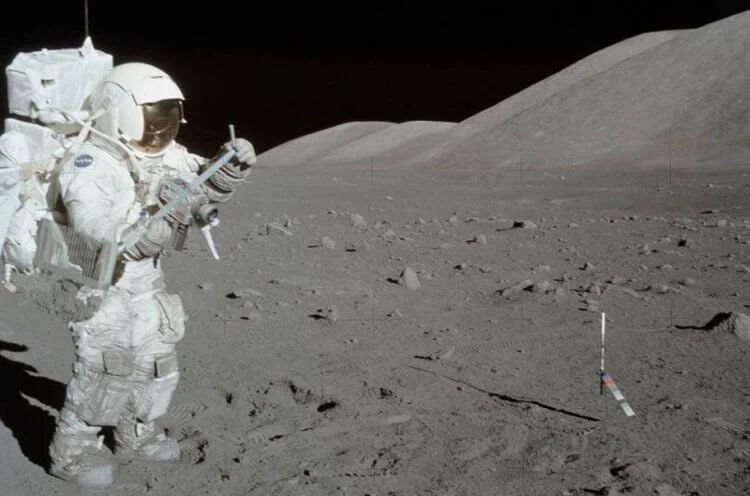 Why would NASA astronauts fly to the moon in 2024 3