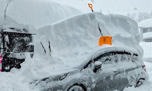 Abnormal snowfalls in Japan a meter of snow fell per day 2
