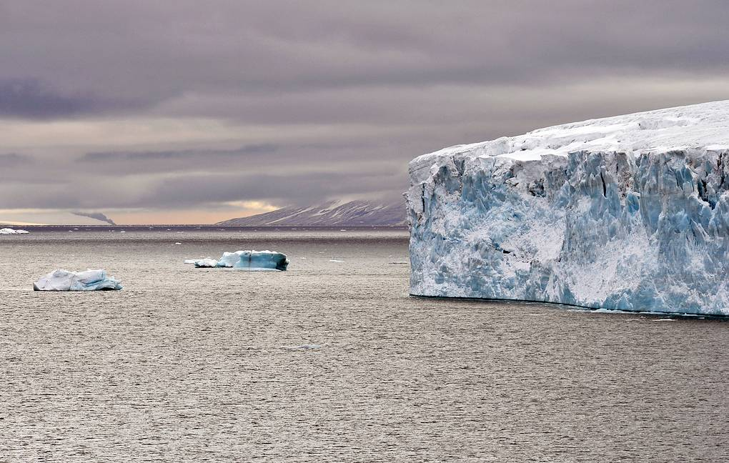 Reduction of the Earths ice cover since 1990 has accelerated by 65