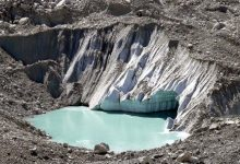 Glaciers are rapidly melting in China