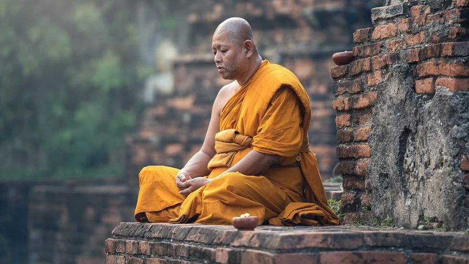 The monk remembered in detail his past life and what happened after he died