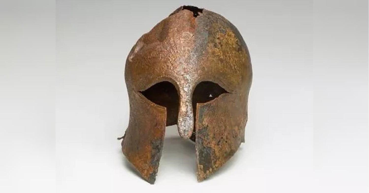 Helmet of ancient Greek warrior 2600 years old found in Israel