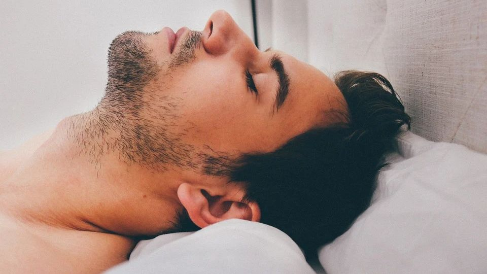 How to fall asleep in 60 seconds a simple and effective way