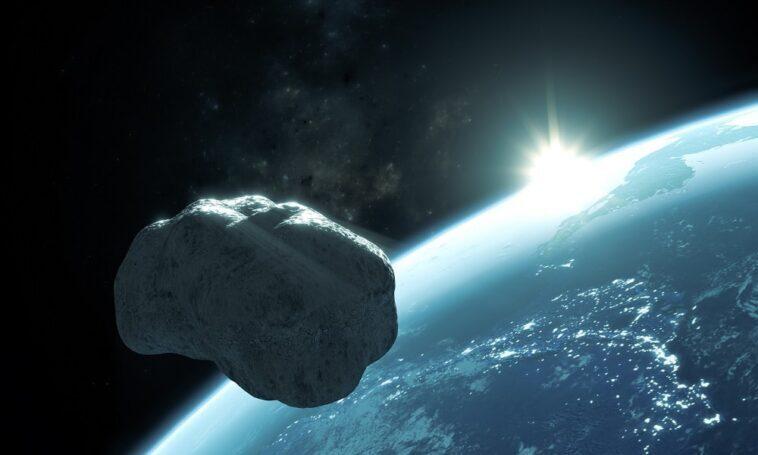 A truck sized asteroid flew near Earth
