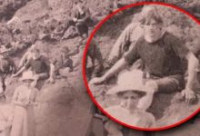 In the photo of 1917 the time traveler gave himself away in two details 2