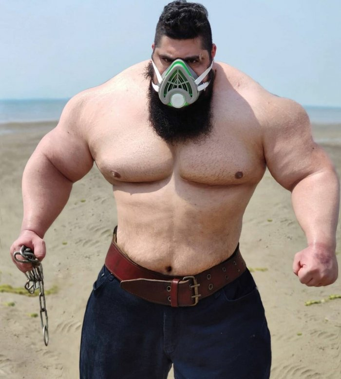 Is the Iranian Hulk a tough guy or a fairground figure 2