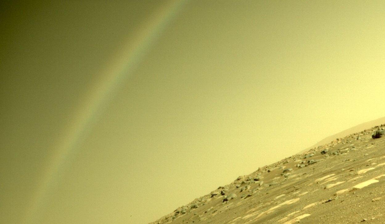 Mars rover Perseverance captured a rainbow on Mars 1