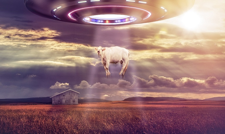 Strange UFO spotted by surveillance camera in North Dakota