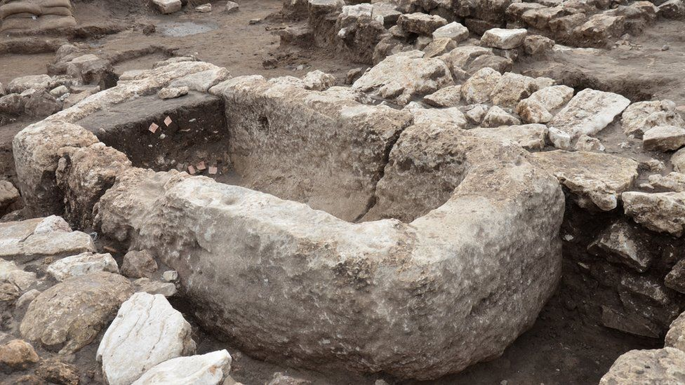 An ancient city more than five thousand years old was found in Israel 2