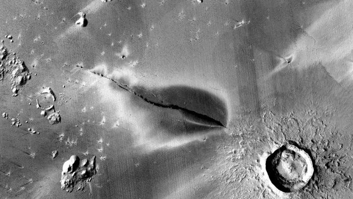 Are Martian volcanoes still erupting