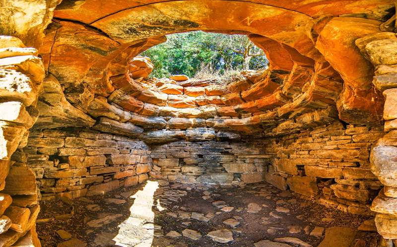 Dragon Houses in Greece 9