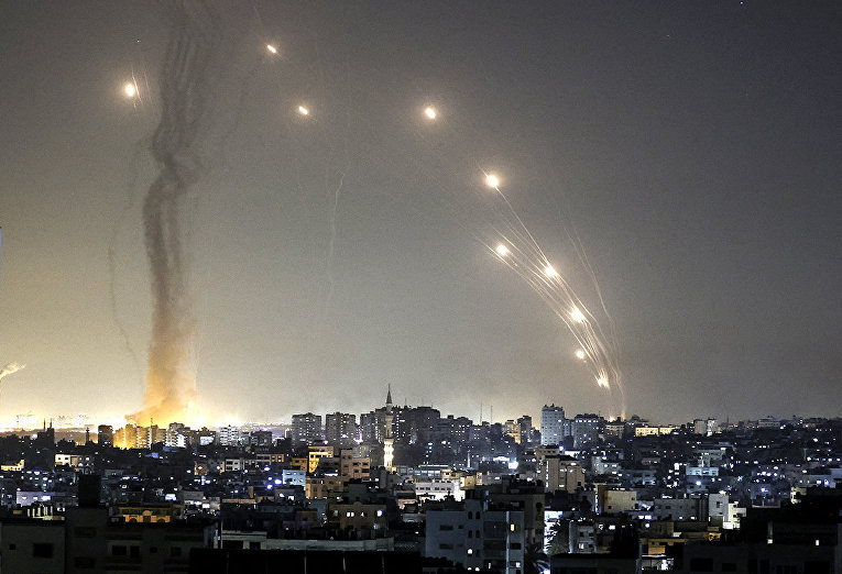 Israel and the Gaza Strip on fire 1
