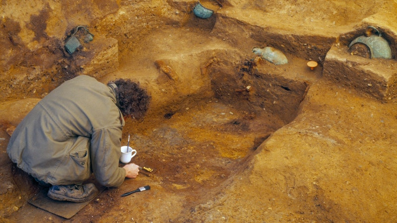 The mystery of inverted tombs found in the UK revealed 2