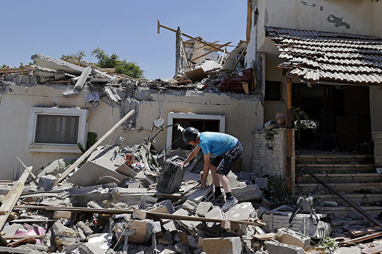 Violence in Israel and the Gaza Strip 12