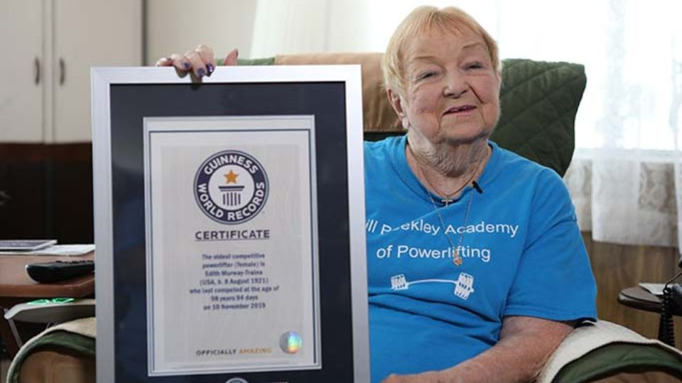 99 year old American lifted a barbell weighing 68 kilograms