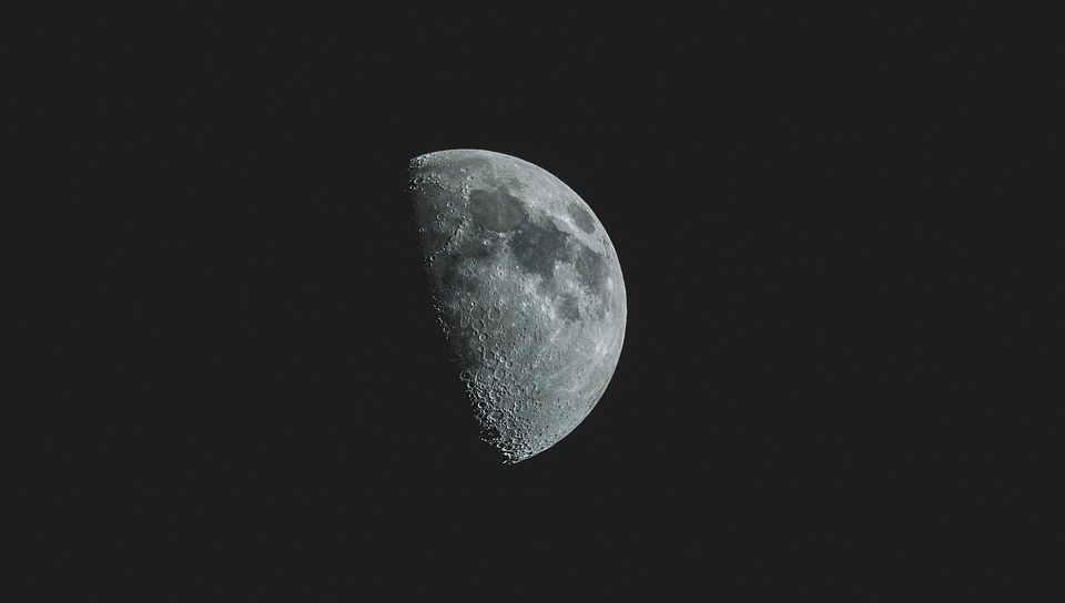 A theory has been put forward that there may be water on the daytime side of the moon