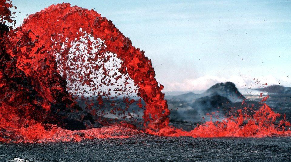 In Alaska three volcanoes began to erupt at once